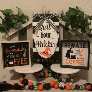Halloween wooden witch sign decor set